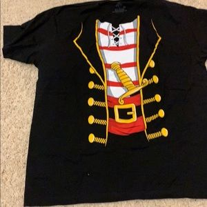 Other - Short sleeve tee Pirate Halloween